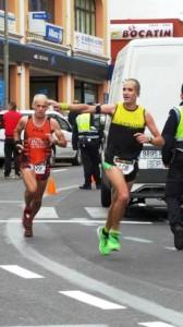 Domingo Curbelo Sanz-García - Dorsal 429 - En la Median Maratón de Tacoronte -Entrada en meta, 3 Clasificado en Veteranos D.