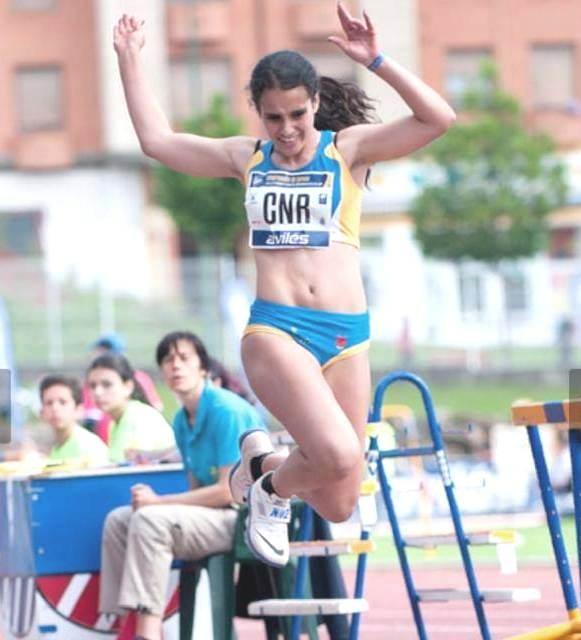 Lucia en triple salto en los Campeonatos de España Juegos Escolares 16-17 Junio de 2018 en Aviles Asturias.